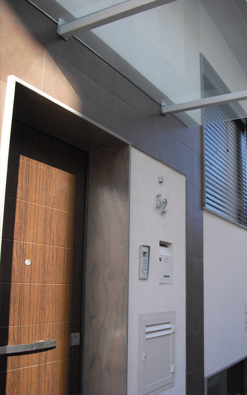 18. porta d'ingresso