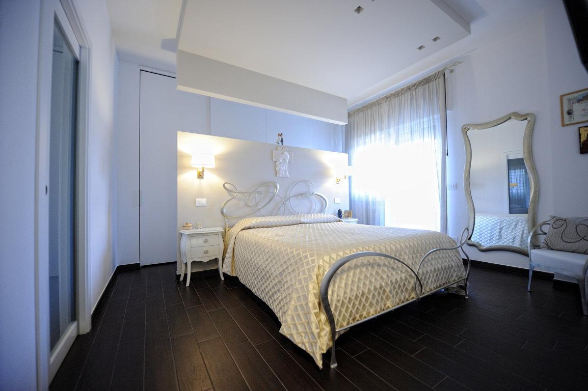 8. camera da letto